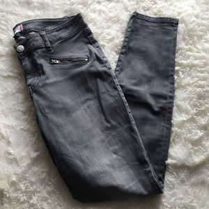 Cabinet gray skinny jeans size 8